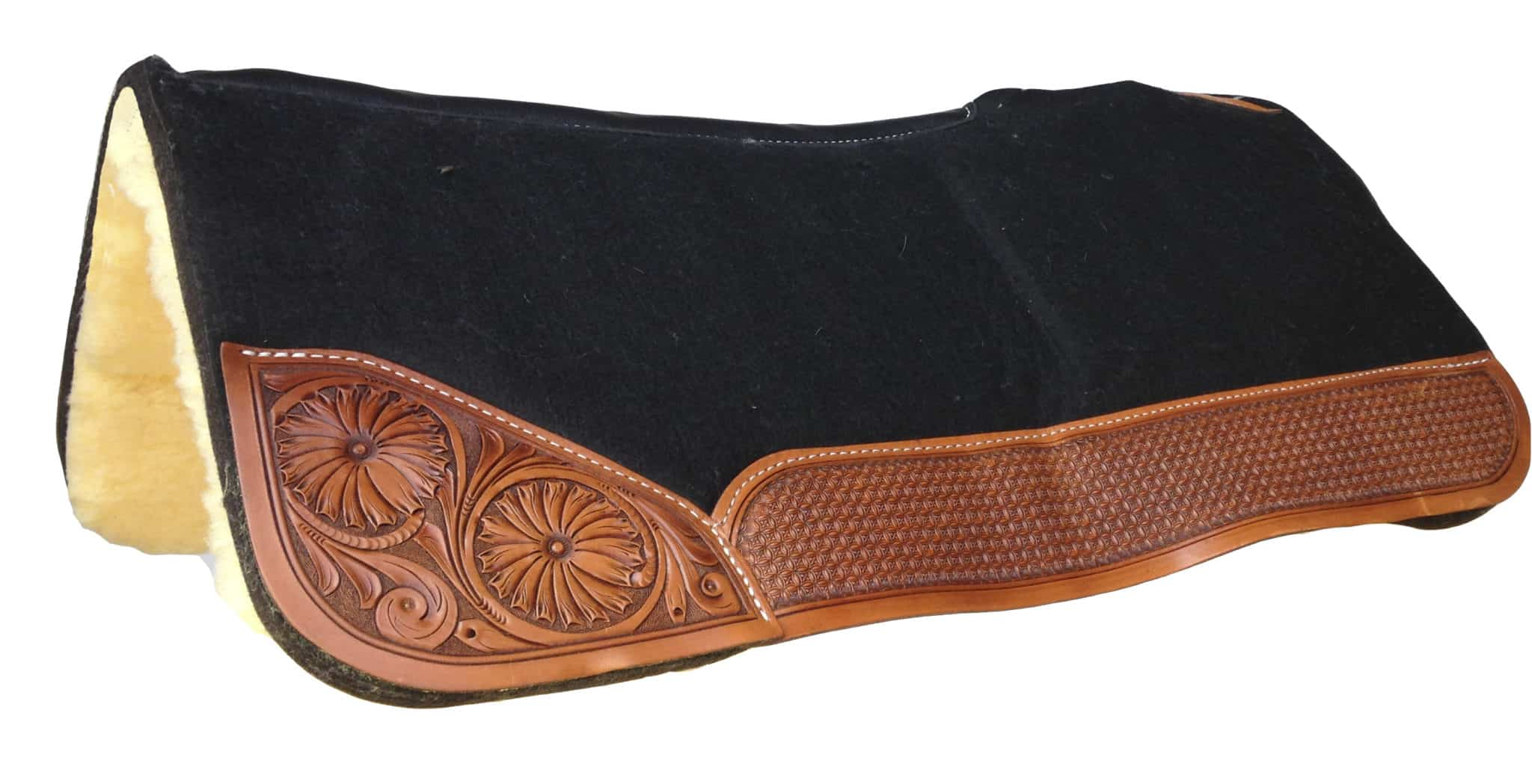 saddle blankets and pads
