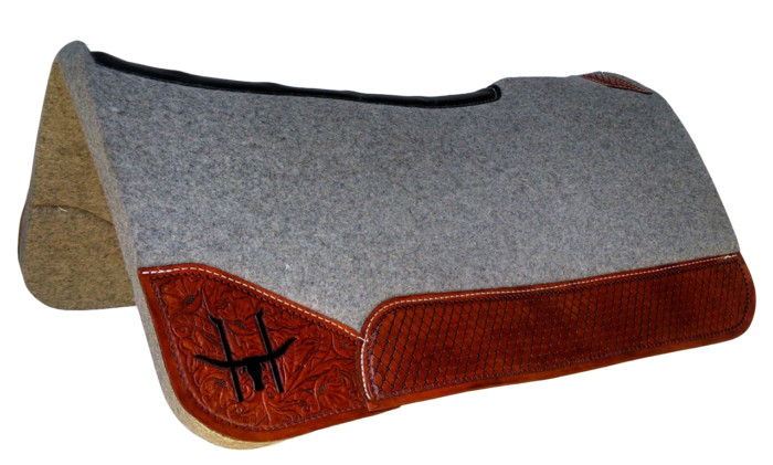 barrel racing saddle pads